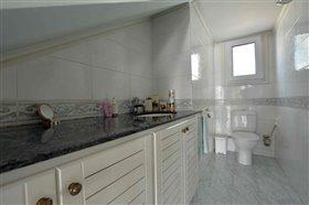 Image No.42-Villa de 5 chambres à vendre à Ayia Napa