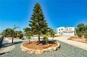 Image No.9-Villa de 5 chambres à vendre à Ayia Napa