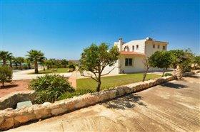 Image No.49-Villa de 5 chambres à vendre à Ayia Napa