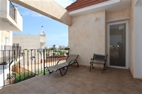 Image No.8-3 Bed Townhouse for sale