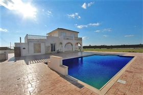 Image No.0-5 Bed Villa for sale