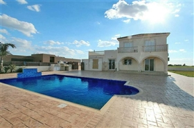 Image No.1-5 Bed Villa for sale