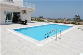 Image No.1-Villa de 4 chambres à vendre à Protaras