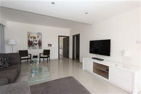 Image No.6-Villa de 4 chambres à vendre à Protaras