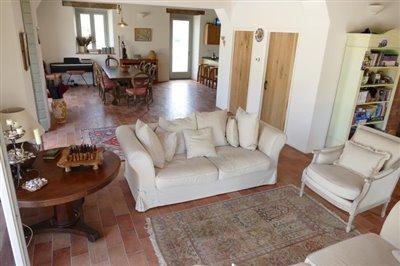 lo-villa-lounge
