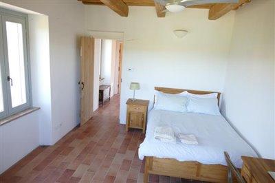 lo-villa-southeast-bedroom