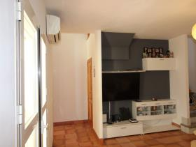 Image No.1-4 Bed Duplex for sale