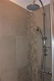 Room-1---2-inside-shower