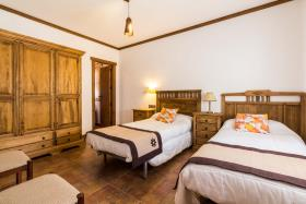 Image No.21-4 Bed Country House for sale