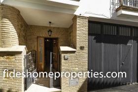 Image No.2-Maison de ville de 3 chambres à vendre à Lecrín