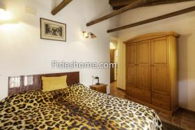 Image No.17-3 Bed Village House for sale