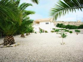 Image No.20-6 Bed Villa / Detached for sale