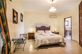Image No.11-Villa de 4 chambres à vendre à Albufeira