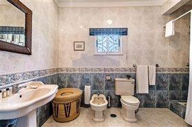 Image No.12-Villa de 4 chambres à vendre à Albufeira