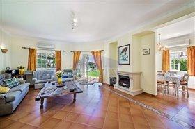 Image No.3-Villa de 4 chambres à vendre à Albufeira