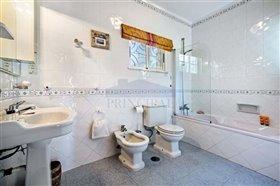 Image No.8-Villa de 4 chambres à vendre à Albufeira