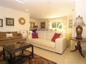 Image No.8-Villa de 4 chambres à vendre à Patroves
