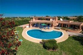 Image No.0-Villa de 5 chambres à vendre à Albufeira