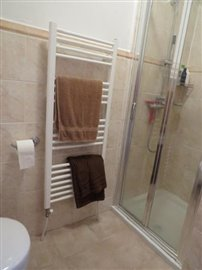 Shower-room-ground-floor--002