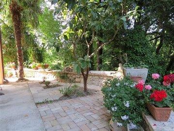 Isca-Side-garden--004