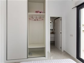 Image No.14-2 Bed Property for sale