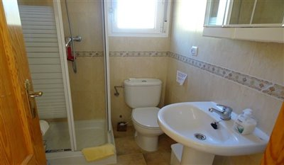 15-villa-for-sale-in-perin-17-large