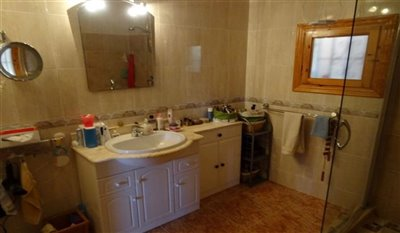 15-villa-for-sale-in-perin-24-large