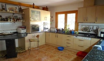 15-villa-for-sale-in-perin-26-large