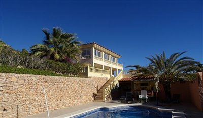 15-villa-for-sale-in-perin-3-large