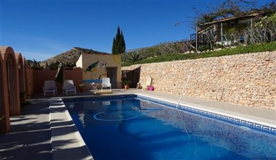 15-villa-for-sale-in-perin-4-large