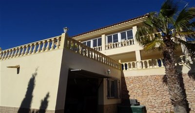 15-villa-for-sale-in-perin-7-large