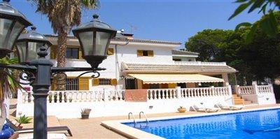 57-villa-for-sale-in-la-azohia-1-large