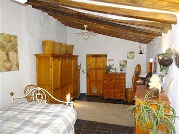 234-for-sale-in-la-pinilla-6090-large