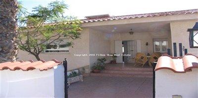64-villa-for-sale-in-isla-plana-4-large