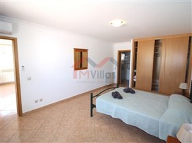 Image No.27-5 Bed House for sale