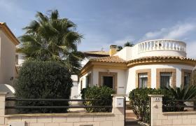 Sucina, Villa / Detached
