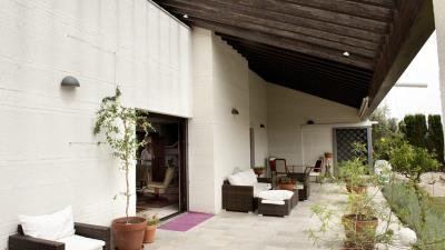 6_1_terrasse_1_salon-940x529