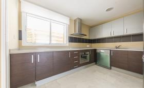 Image No.6-3 Bed Flat for sale