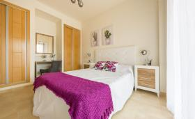 Image No.4-2 Bed Flat for sale