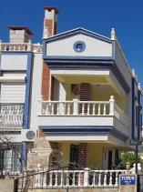 Akbuk, Villa