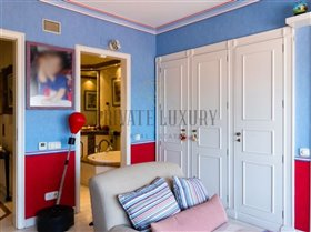 Image No.27-4 Bed Apartment for sale