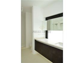 Image No.12-9 Bed House for sale