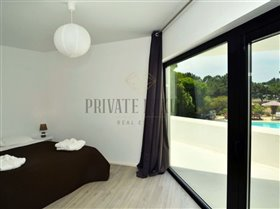Image No.25-9 Bed House for sale