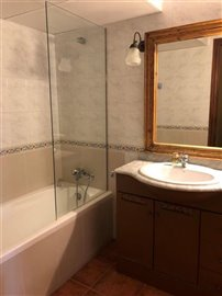 jpsx0s69acnsuperb-townhouse-situated-in-talam