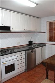 mbejvtf9hogsuperb-townhouse-situated-in-talam