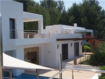 szlaete5lnamazing-villa-for-sale-situated-in-