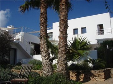 6o48162iohcamazing-villa-for-sale-situated-in