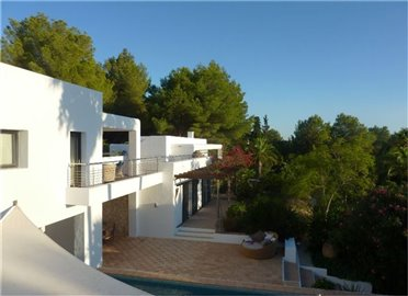 fhffropkol8amazing-villa-for-sale-situated-in