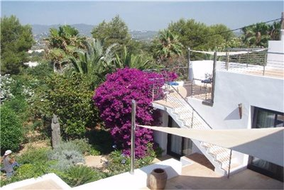 13kfa1zg7uaamazing-villa-for-sale-situated-in