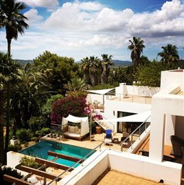 5taq7oibpamazing-villa-for-sale-situated-in-a